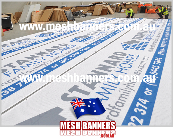 Printed Family Homes construction fence temporary sign for outside on the boundary whilst building is underway. This is a great banner sign in mesh for building companies and family home builders in the area.