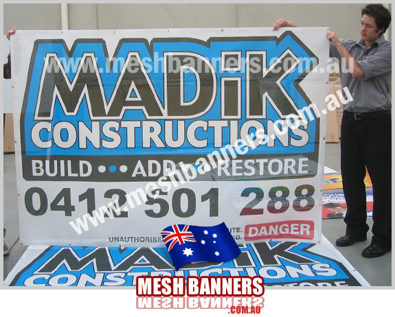 Small temp fence hire sign, this banner is mesh